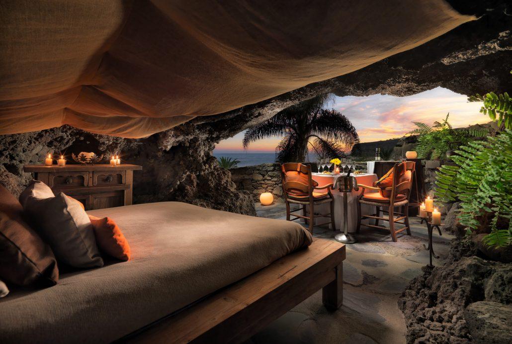 Romantic cave. Jardin Tecina hotel