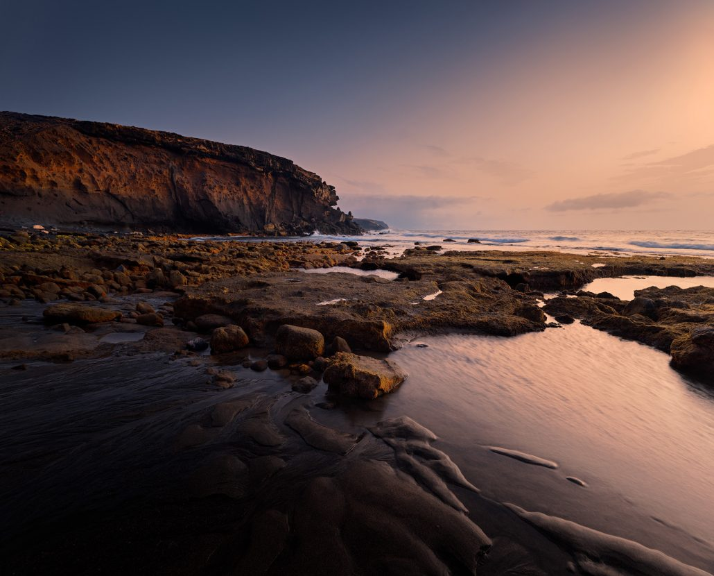 Low tide at La Pared at sunset