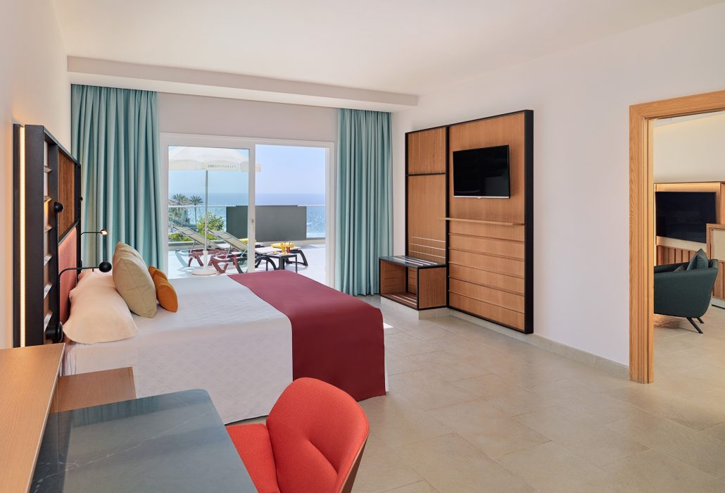 Interior hotel photography. Roca Nivaria Gran Hotel Superior suite room
