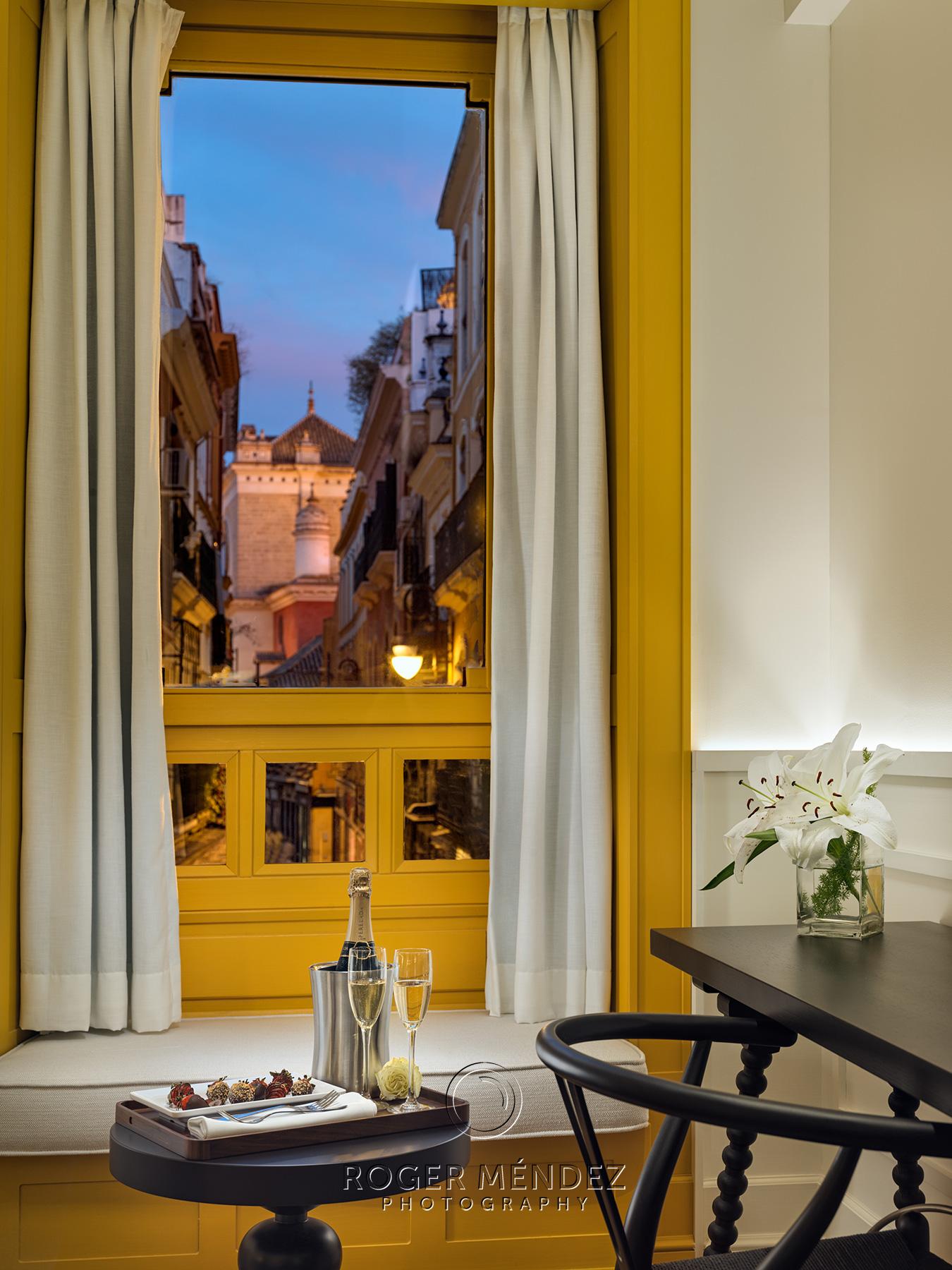 Romantic detail at junior Suite