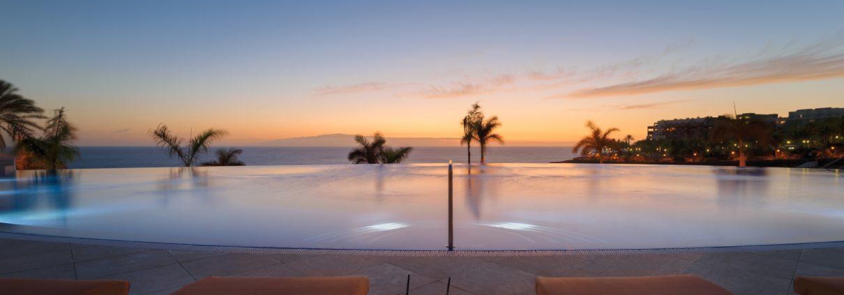 H10 Atlantic Sunset Infinity pool photo