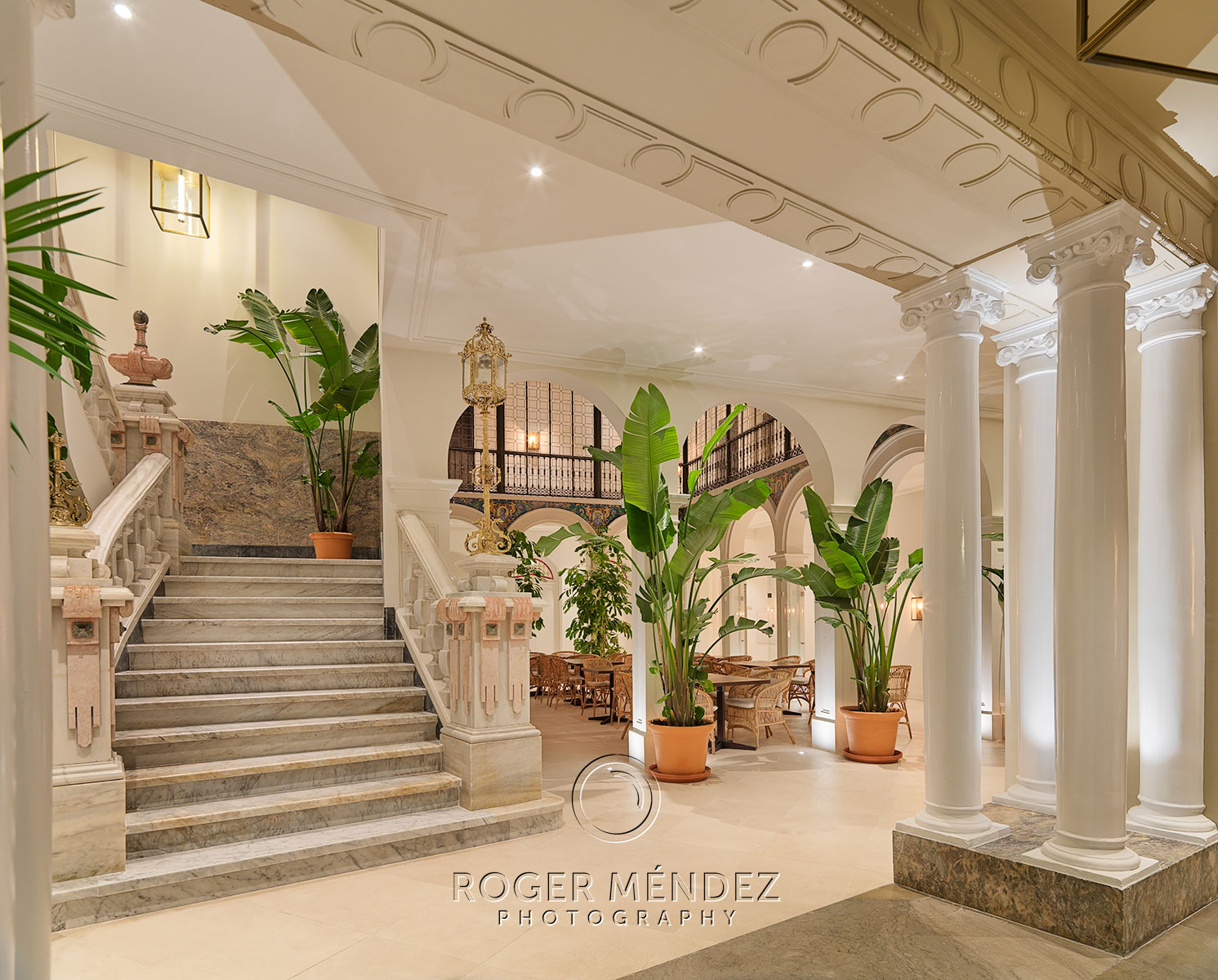 H10 Palacio Colomera Lobby at night photo