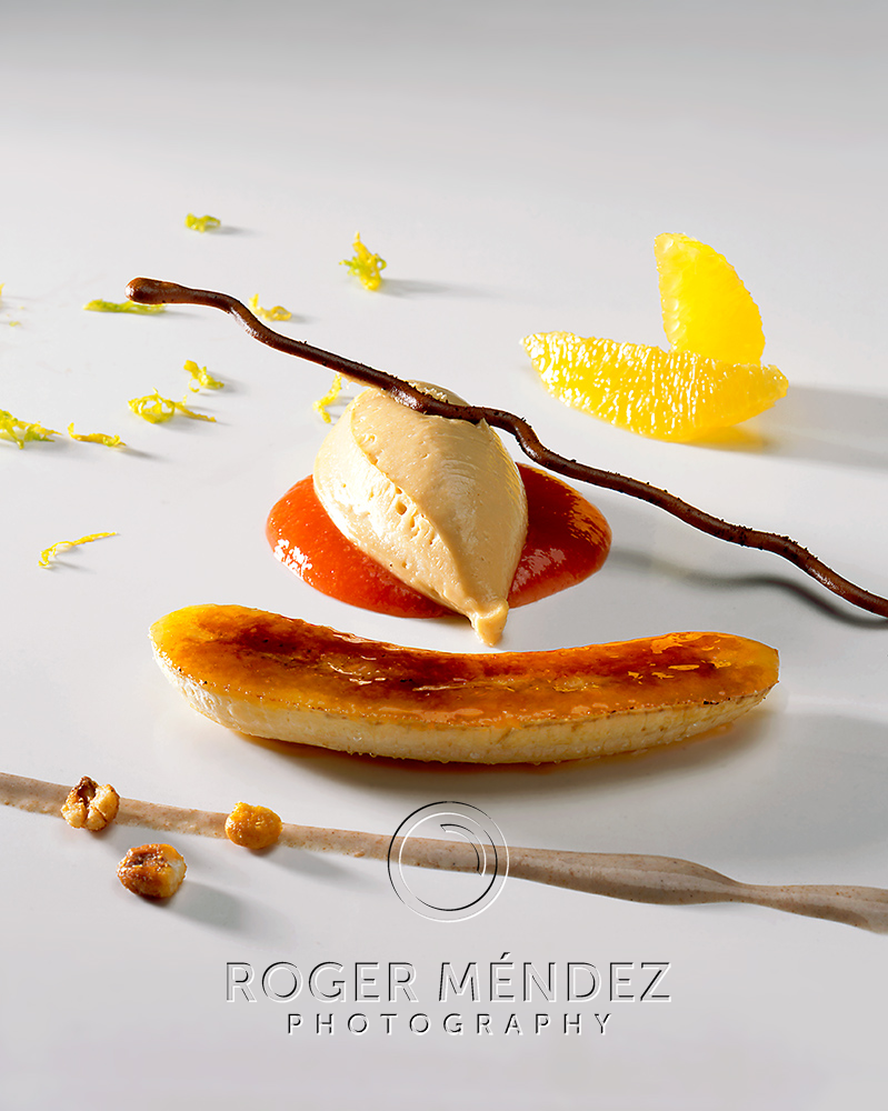 Caramelized banana with Maria cookies