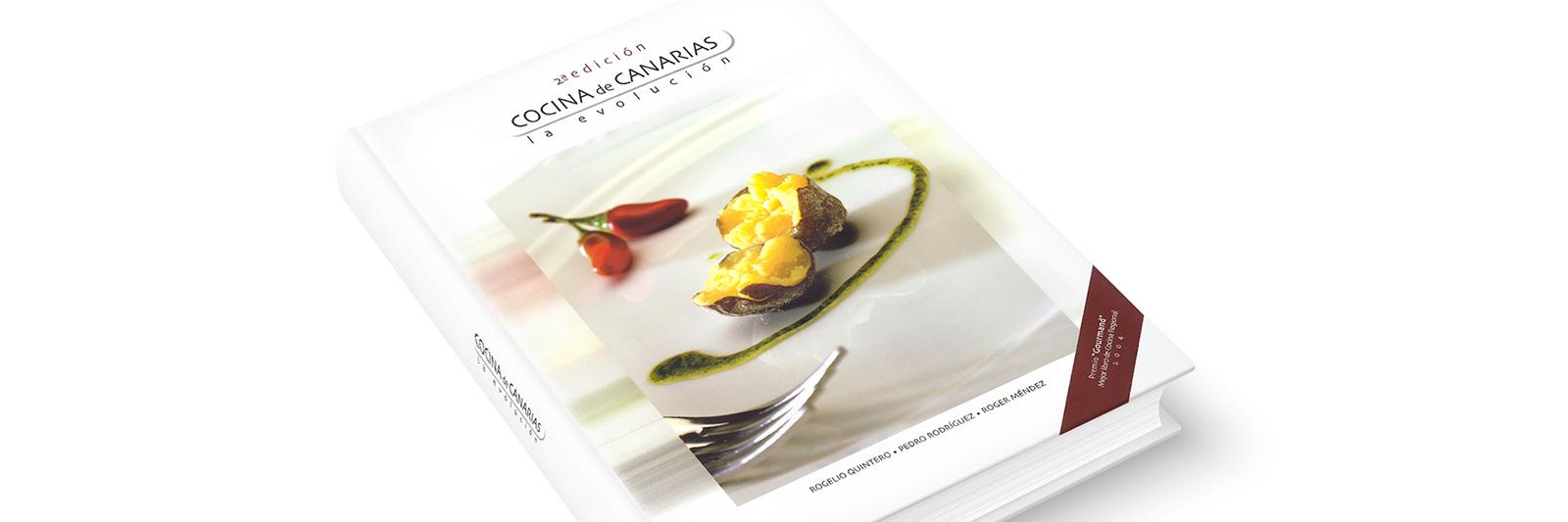 """Cover of the the book """"Cocina de Canarias. La evolución"""""""