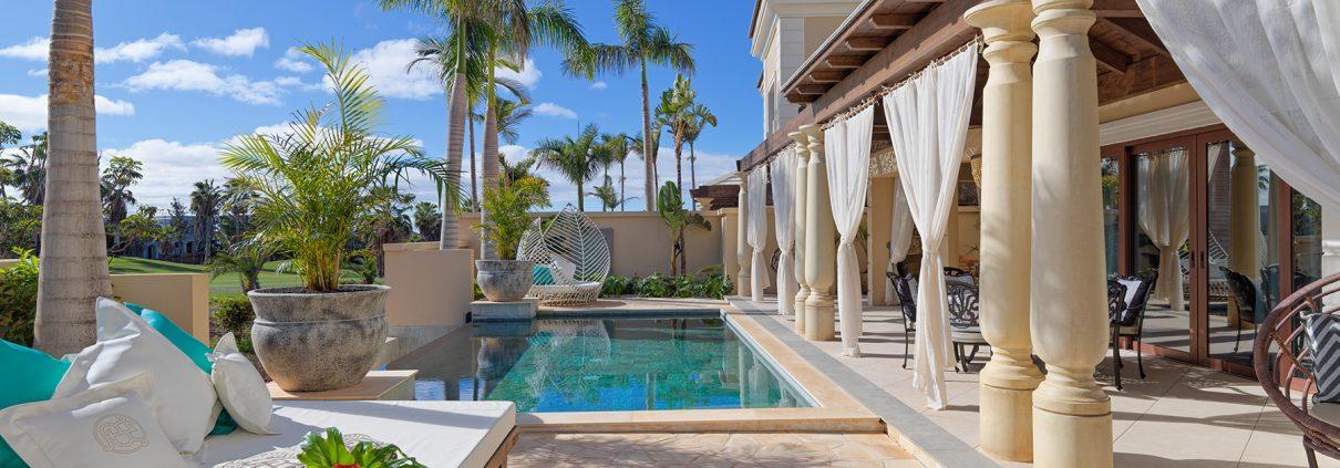 Royal River luxury hotel villas photographs