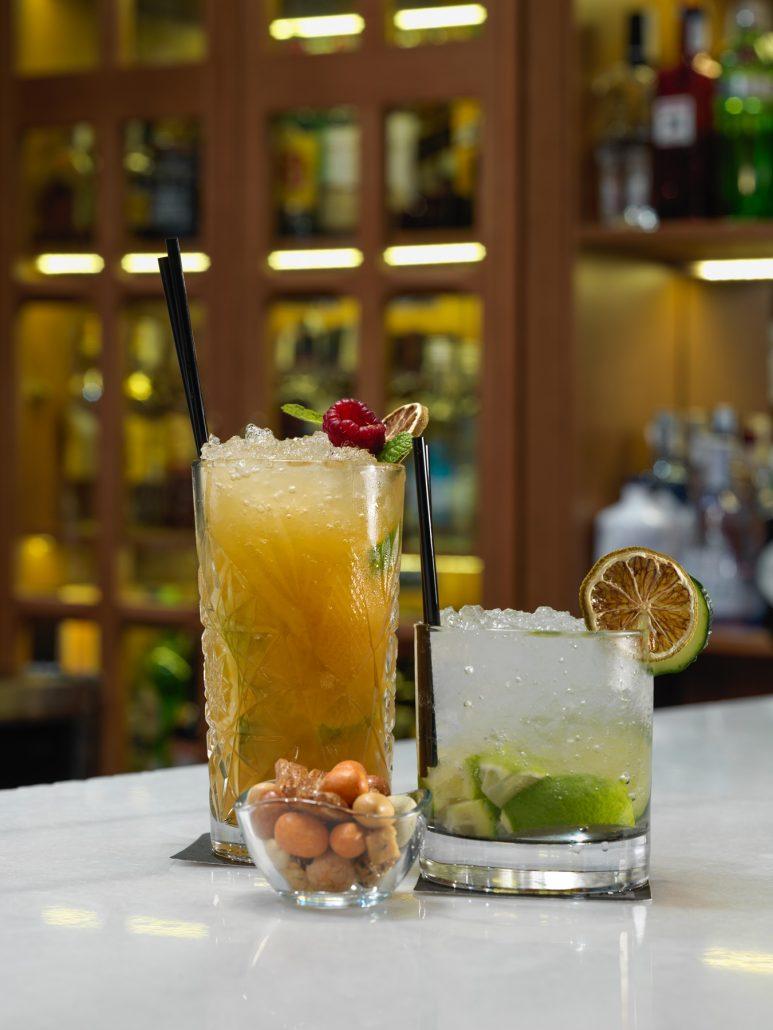 Cocktails en Lobby bar del H10 Metropolitan