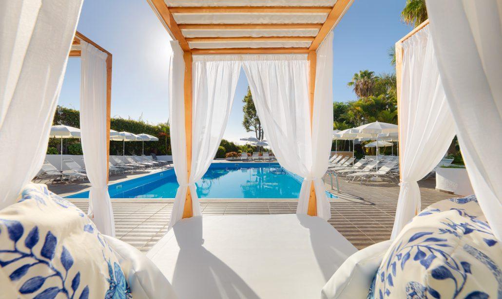 Hotel-Jardin-Tecina-Piscina-zona-familiar