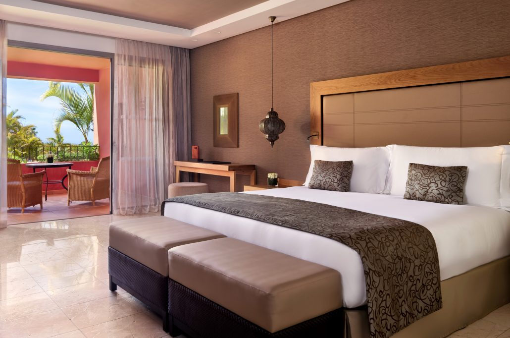 Ritz Carlotn Abama-Junior-Suite-bedroom-corner