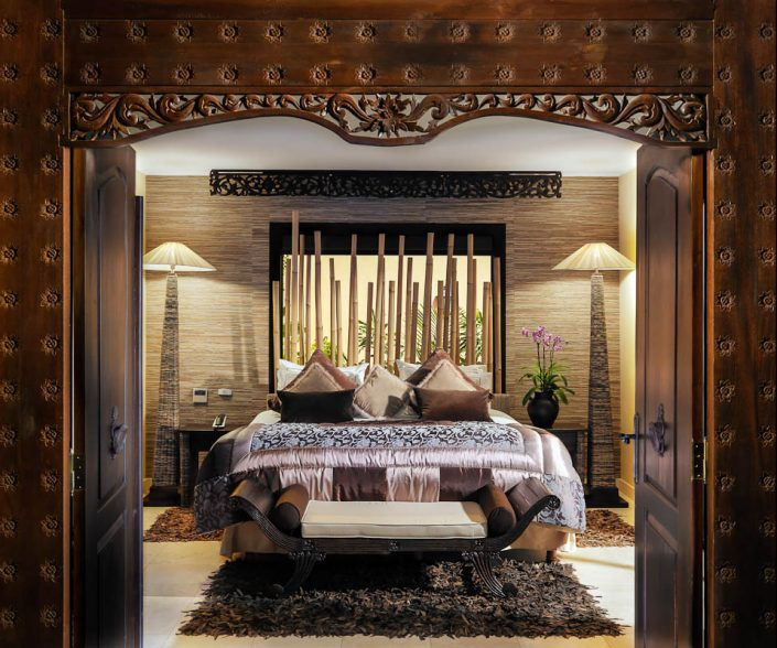 Royal_Garden_Villas-Main_bedroom_Villa_Rubi