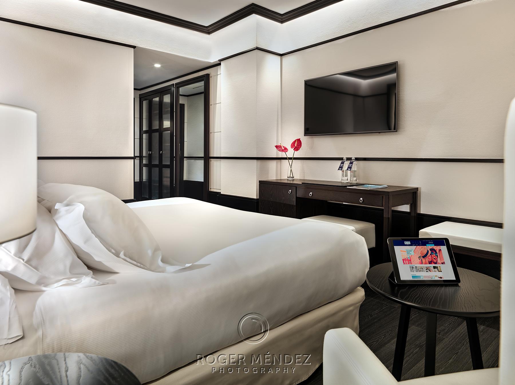 fotografía habitación superior H10 Marina Barcelona