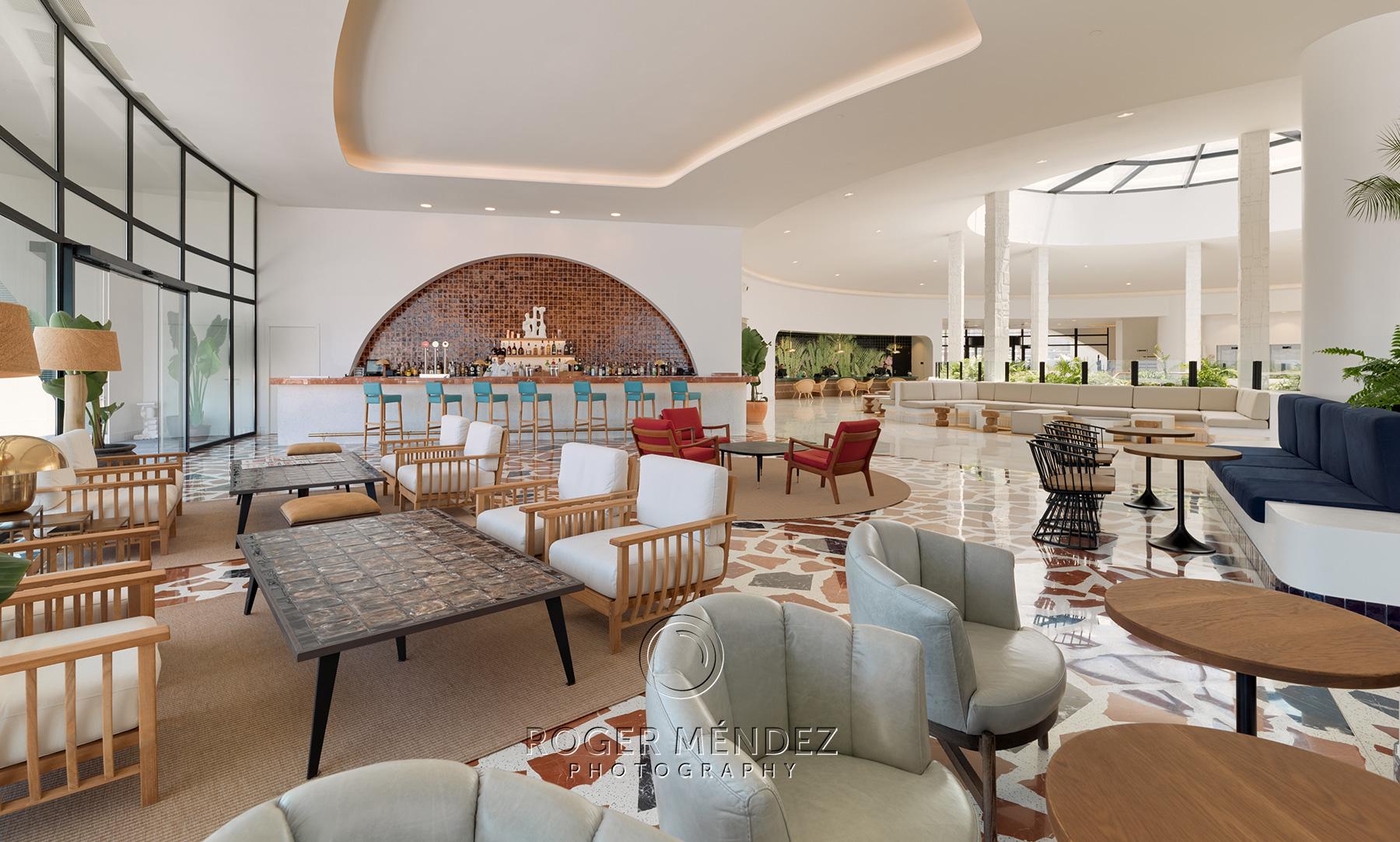 Vista general lobby bar