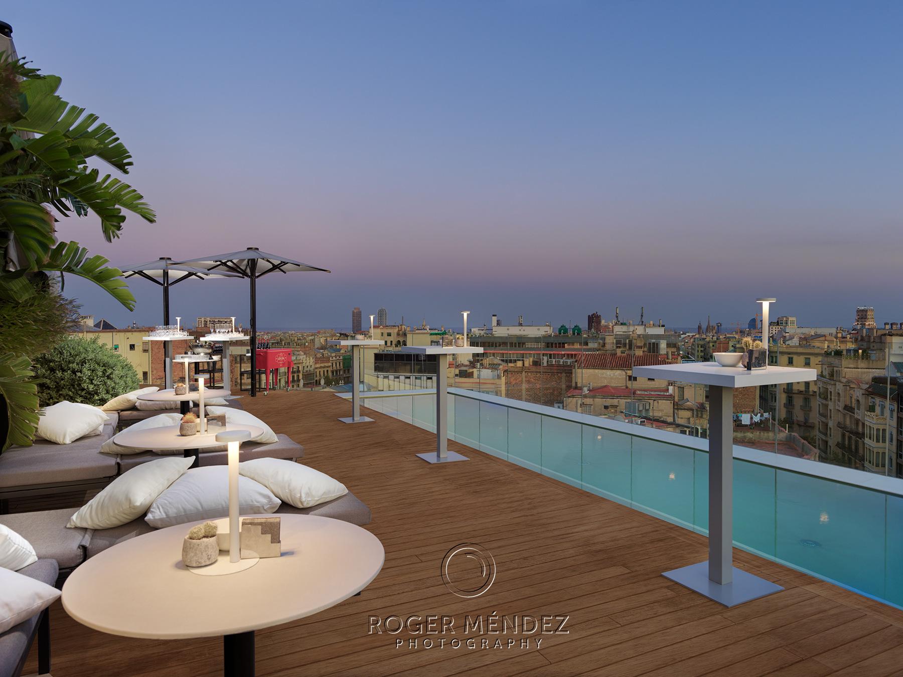 Terraza Moods. Montaje Cocktail. The One Barcelona