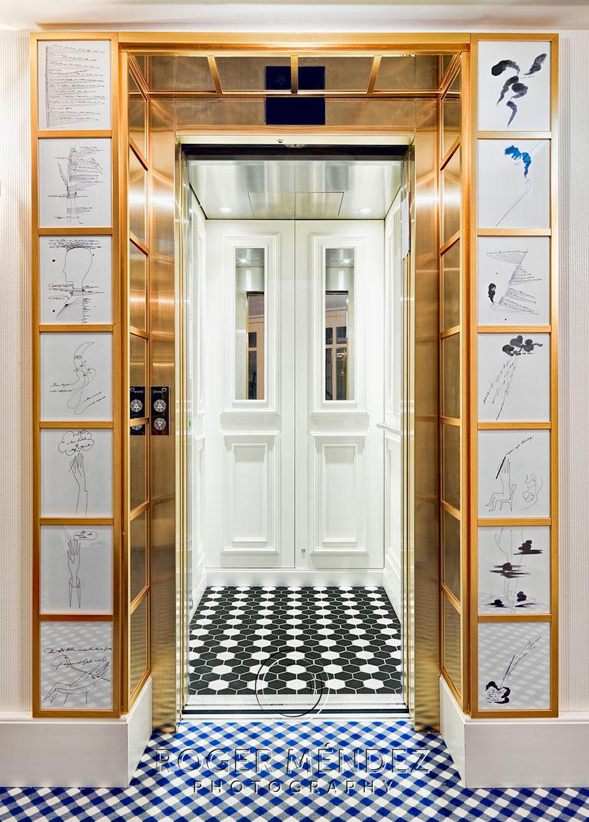 H10 Duque de Loule detalle ascensor