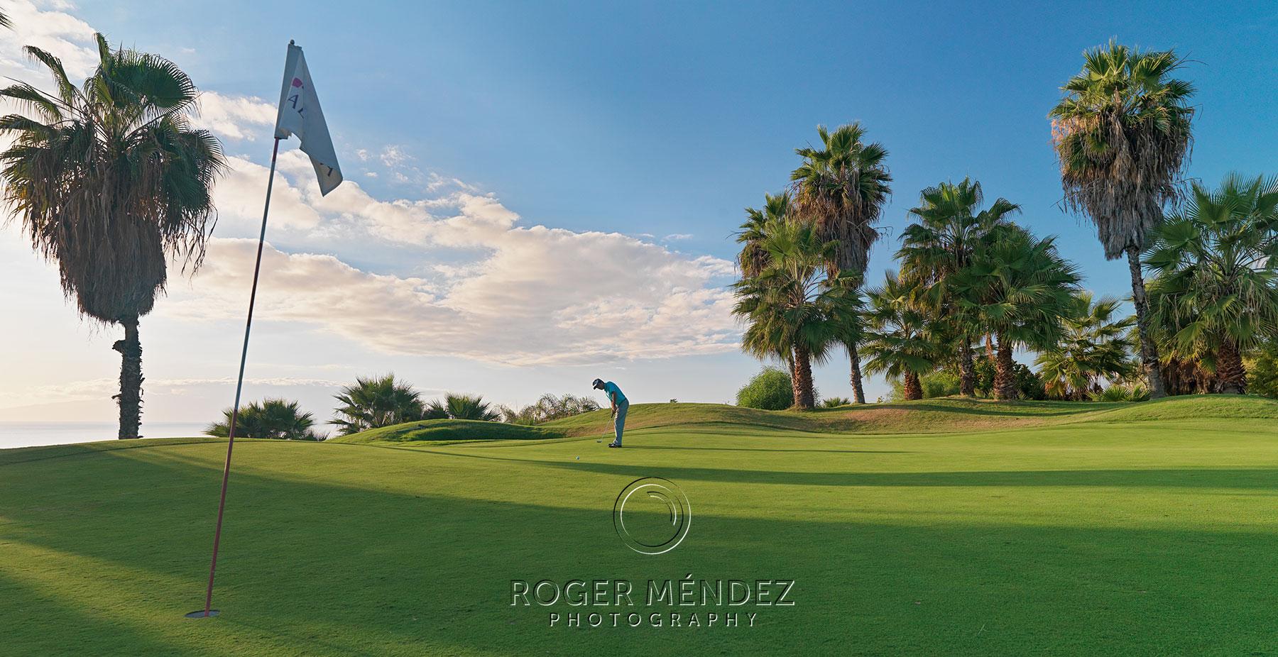 Campo de golf Abama. Fotografía hoyo y jugador