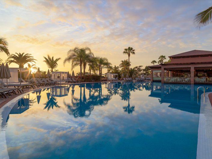 Fotografías para el hotel H10 Costa Adeje Palace.