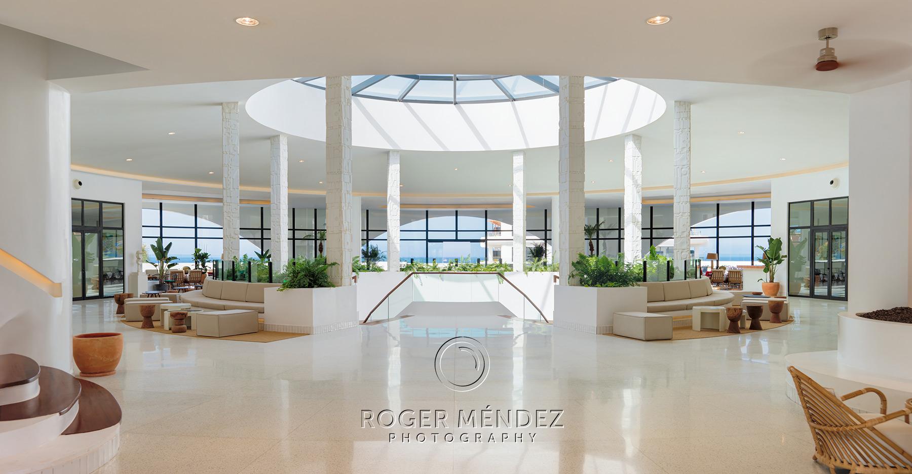 Vista general lobby desde entrada del H10 Atlantic Sunset
