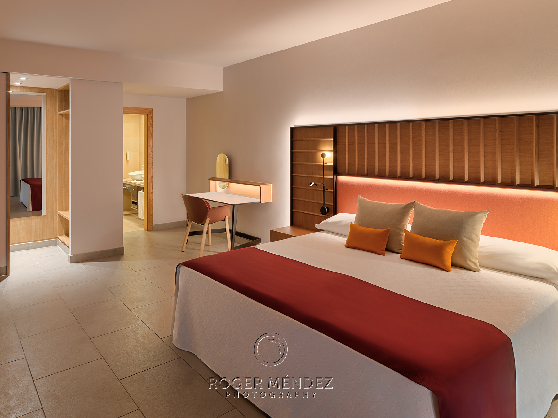 Vista interior dormitorio Suite Superior