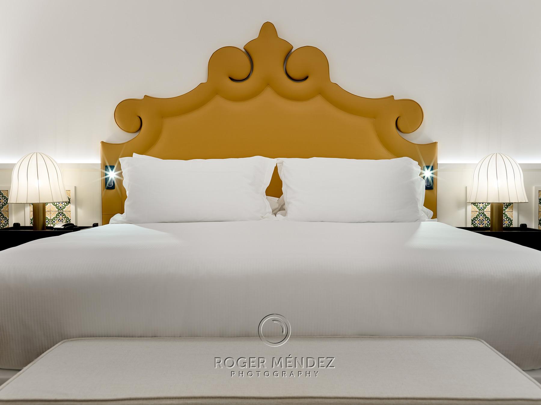 Detalle cabecero hotel H10 Casa de la Plata