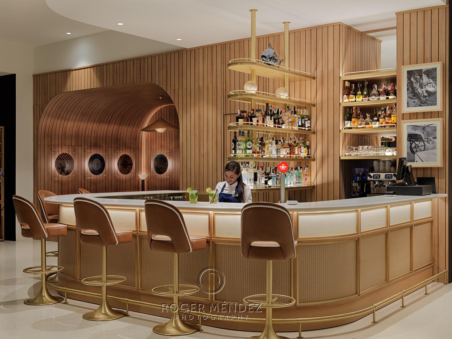 Bar Medusa del hotel H10 Porto Poniente